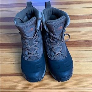 The Northface Chilkat Snow Boots